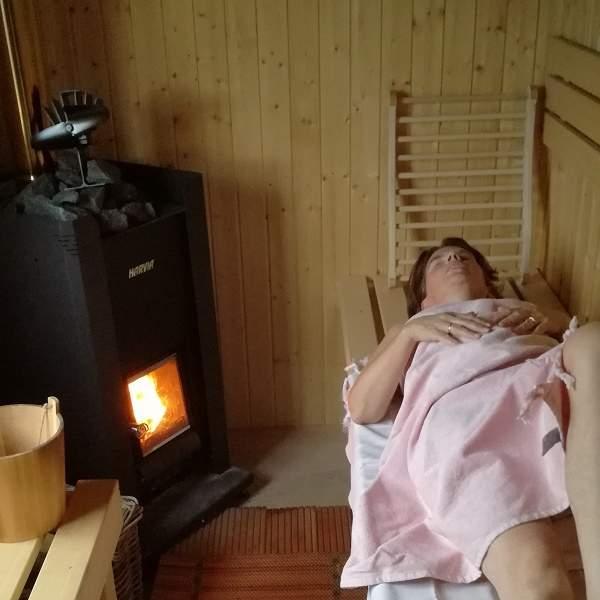 in sauna bij bed en breakfast vakantiehuisje molenbergh in zuidwest drenthe