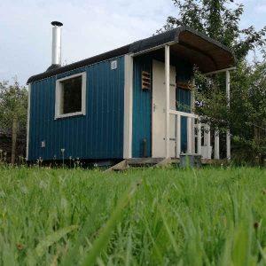 sauna in pipowagen bij yurt bed en breakfast vakantiehuisje molenbergh in zuidwest drenthe