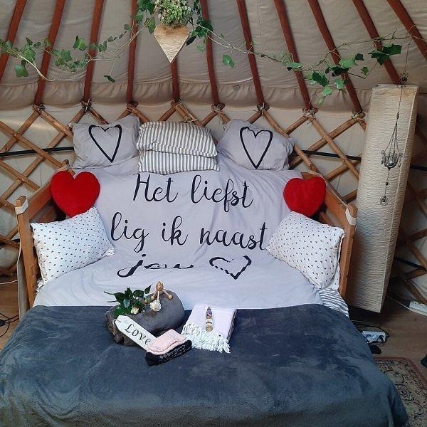 romantisch overnachten op bed en breakfast vakantiehuisje molenbergh in zuidwest drenthe
