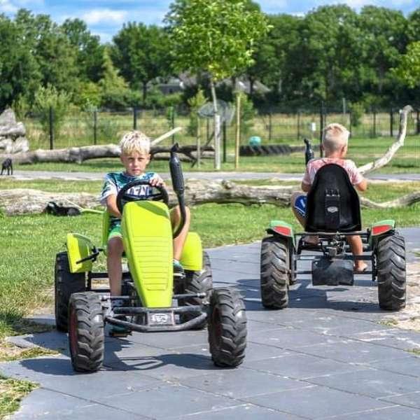 Speelboerderij De Drentse Koe 2 km vanaf Molenbergh vakantiehuisje Drenthe